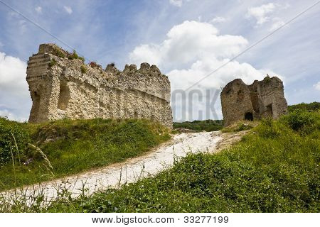 Gaillard Castle defending walls