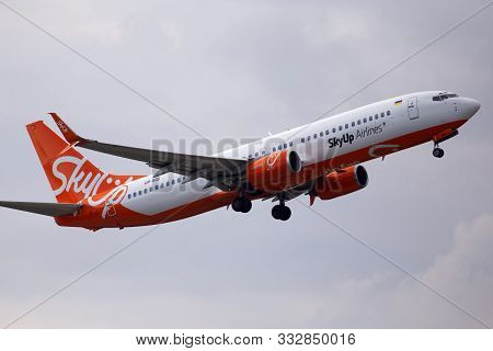 Borispol, Ukraine - October 29, 2019: Ur-sqg Skyup Airlines Boeing 737-800 Aircraft On The Cloudy Sk