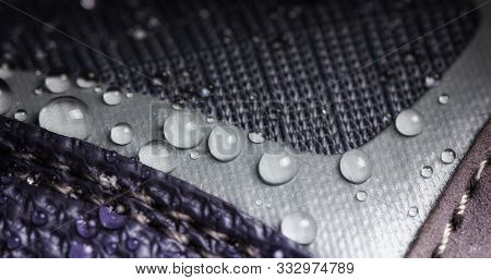 Water Resistant Membrane Fabric With Water Droplets