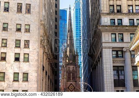 Trinity Church In New York City, Ny, Usa