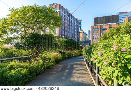 High Line Park In Manhattan In New York City, Ny, Usa
