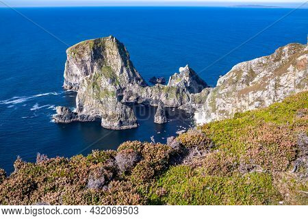 Tormore Island By Port Between Ardara And Glencolumbkille In County Donegal - The Highest Sea Stack