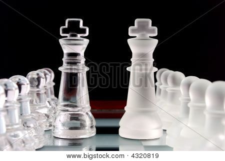Pawns Formation And King White