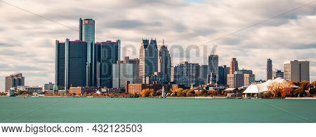 Detroit, Michigan, USA downtown city skyline on the Detroit River.