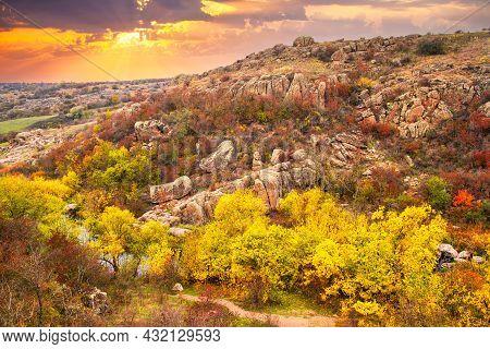 Aktovsky Canyon In Ukraine Surrounded Large Stone Boulders