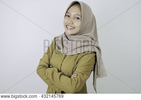 Happy Government Worker Women Standing Confidance. Pns Wearing Khaki Uniform.