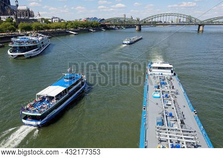 Cologne, Germany - August 04, 2020: Busy Water Traffic On The Rhine In Cologne