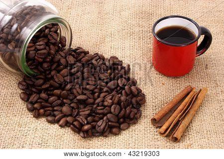 Foto Tasse Kaffee und Zimt