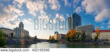 Vienna, Austria - Oct 17, 2019: Cityscape Of Vienna With Danube Channel. Beautiful Urban Scenery In