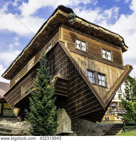 Szymbark, Pomerania, Poland -  August 23: Upside Down Fully Furnished House On 23 August 2021 In Szy