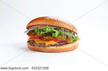 Perfect Hamburger Classic Burger American Cheeseburger With Cheese, Bacon, Tomato And Lettuce