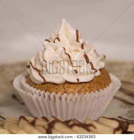 Vegan Banana Vanilla Cupcake
