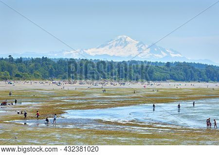 White Rock, British Columbia, Canada - July 15, 2018. White Rock Beach Bc. Low Tide At White Rock Be