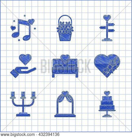 Set Bedroom, Wedding Arch, Cake With Heart, Candy Shaped Box And Bow, Candlestick, Heart On Hand, Si