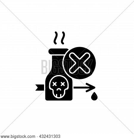 Illegal Poison Hunting Black Glyph Icon. Prohibit Poisonous Substances Usage. Poison Hunting Banning