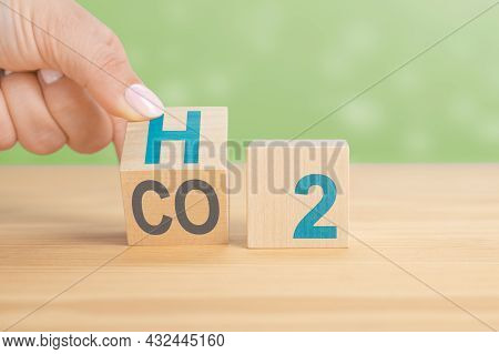 Switching To Hydrogen Fuel. Change To Fuel Cell Vehicles. Hand Flips A Dice And Changes The Expressi