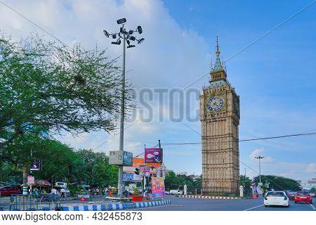 Kolkata, West Bengal, India - 20th July 2019 : Big Ben Watch Watching Over Kolkata City , A Replica