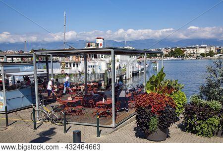 Switzerland, Geneva, August, 2021 - Panorama Of Lake Geneva With The Vintage White Pleasure Steamer