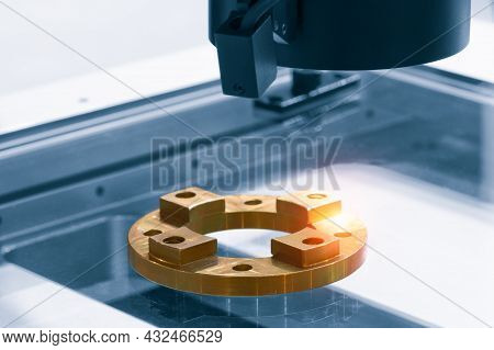 System For Optical Quality Control Of Various Small Precision Products