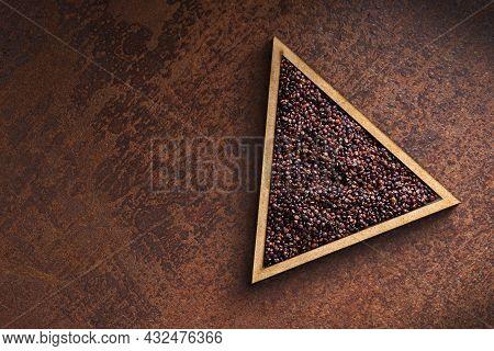 Chenopodium Quinoa - Black Quinoa Seeds In Triangle Shaped Bowl