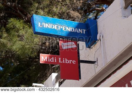Perpignan , Occianie, France - 09 05 2021 : Midi Libre And L'independant French Daily Newspaper In S