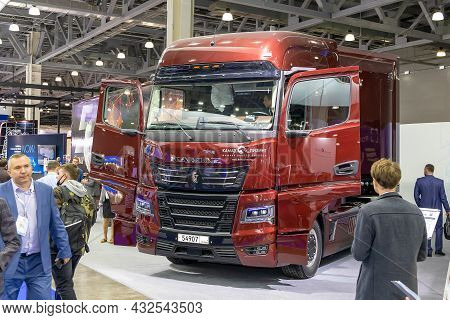 Kamaz-54907 Hybrid Truck With A Semi-trailer. Kamaz's Newest Mainline Truck At The Comtrans Commerci