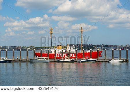 Boston, Usa - Sep. 5, 2018: United States Lightship Nantucket Wlv-612 Docked At Seaport In Boston, M