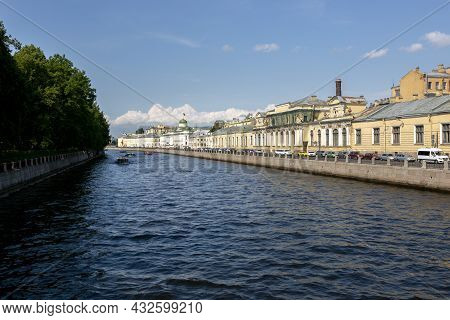 St. Petersburg, Russia - July 09, 2021: View Of The Embankment Of The Fontanka River In St. Petersbu