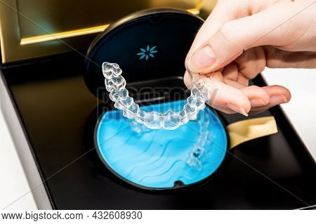 Sydney, Australia, 2021-08-23 Invisalign Aligners In A Storage Carry Case. Invisible Braces. Clear T
