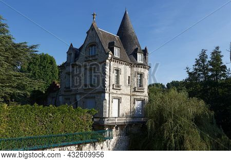 Amazing House Near The Small Picturesque Waterfall In Moret-sur-loing. Moret-sur-loing Is A Commune