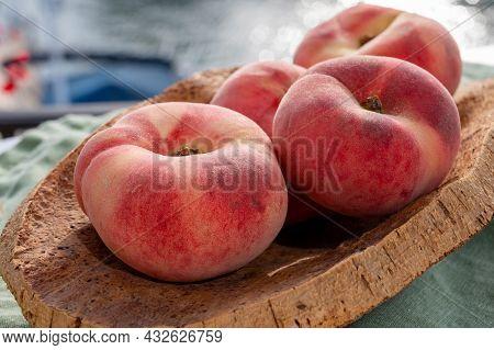 Fresh Ripe Sweet Flat Peaches Prunus Persica Or Doughnut Peach Or Saturn Peach