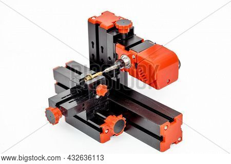 Small diy milling machine for modeling and hobby