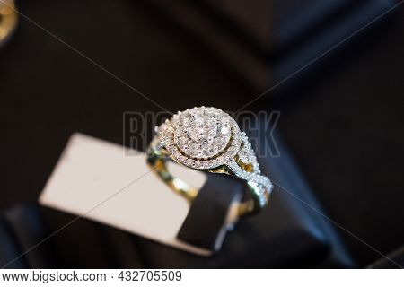 Diamond Ring With Blank Price Tag Show In Jewelry Luxury Store Window Display Showcase