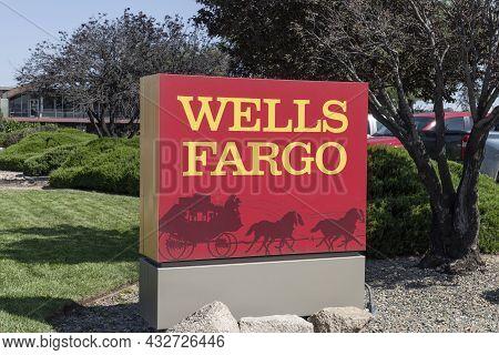 Prescott - Circa September 2021: Wells Fargo Retail Bank Branch. Wells Fargo Is A Provider Of Financ
