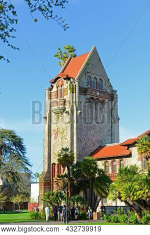 San Jose, Ca, Usa - Mar. 10, 2014: Historic Tower Hall At San Jose State University Campus In Downto