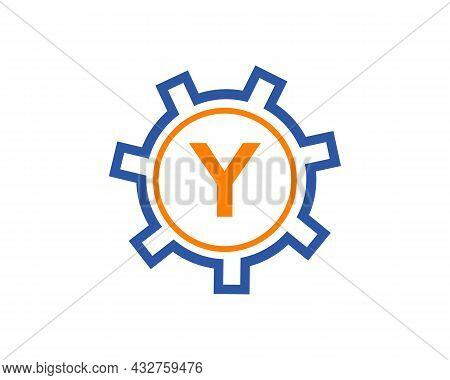 Gear Logo On Letter Y. Initial Y Gear Letter Logo Design Template. Y Gear Engineer Logo