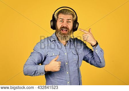 Dj Hipster. Excellent Music Playlist. Hipster Enjoy Excellent Sound Song In Earphones. Rhythm Concep