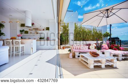 Cozy Apartment With Open Space Kitchen, Living Room And Rooftop Patio With Pallet Lounge Area