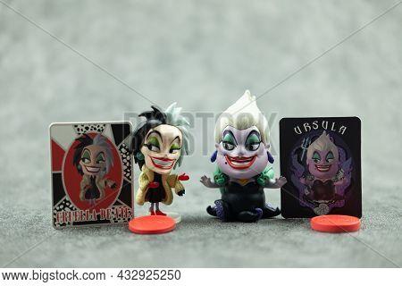 Bangkok, Thailand - September 14, 2021 : Villain Series Blind Box X Miniso, Cute Toy Of Cruella De V