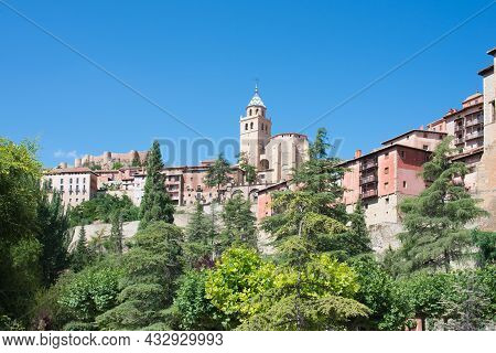 Beautiful View Of Albarracin From Below. Picturesque Architecture, Cathedral And Houses. Teruel, Ara
