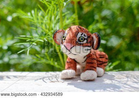 Cute Funny Little Toy Handmade Woolen Tiger, Felting From Wool