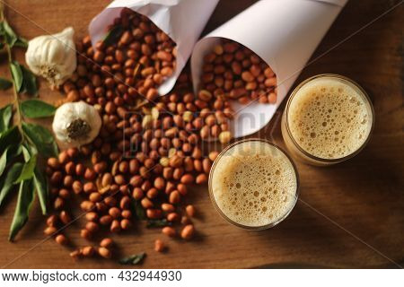 Indian Fried Peanuts, Flavoured With Chilli Powder And Asafetida
