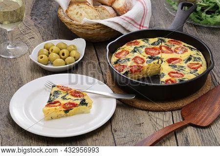 spinach tomato frittata, italian food