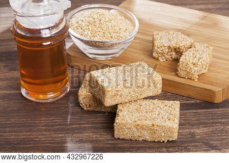 Edible White Sesame Seeds - Sesame Bars With Honey