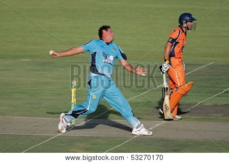 BLOEMFONTEIN, SOUTH AFRICA - DECEMBER 22: Action during a one-day cricket match between the Eagles and Titans (Titans won by four wickets) December 22, 2009 in Bloemfontein, South Africa.