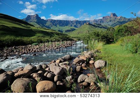 Amphitheater and Tugela river, Drakensberg mountains, Royal Natal National Park, South Africa