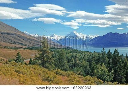 Lake Tekapo and Aoraki, Mount Cook National Park, South Island New Zealand