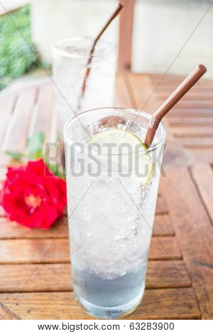 Iced Herb Drinks Serving On Wood Table