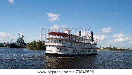 Wilmington,NC USA Oct. 4-Henrietta III Riverboat