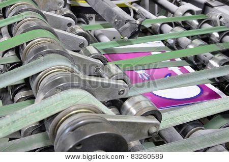 magazine binding process after offset print